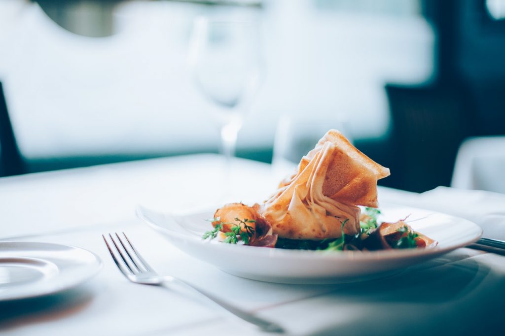 Solo Dining - How to Rock Eating Alone in a Restaurant