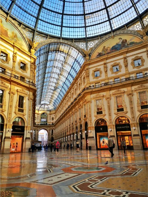 The Stunning Galleria Vittorio Emanuele II - Things to see in Milan in 2 Days