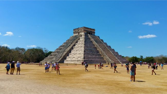 A Very Hot Day at Chichen Itza Mexico - Planning your Yucatan Road Trip