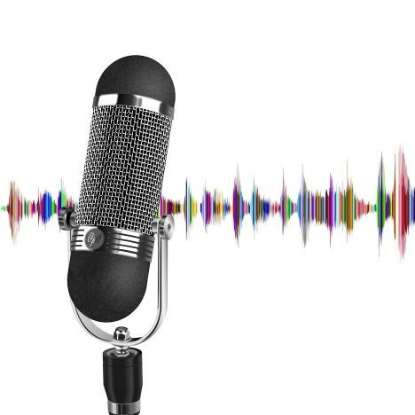 This Travel Lover Solo Female Travel Podcast (1) - Im gae of a microphone with squiggle soundwaves